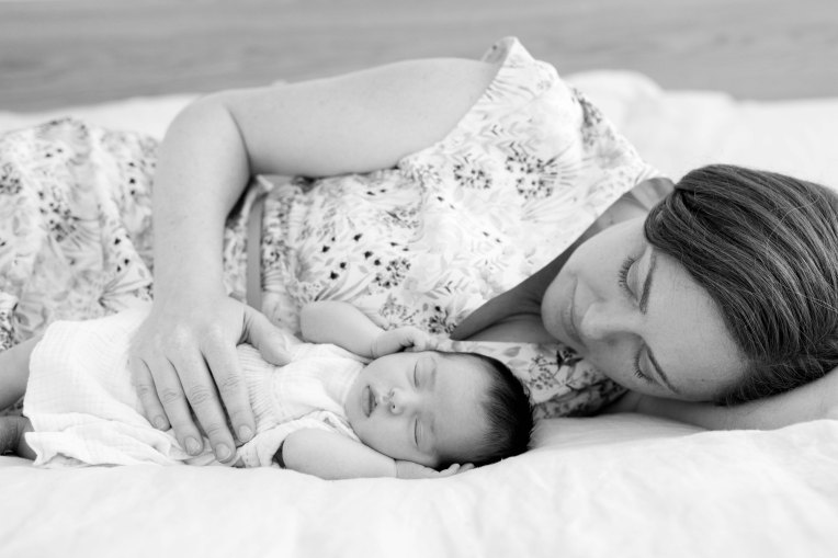 Brussels newborn photographer-15